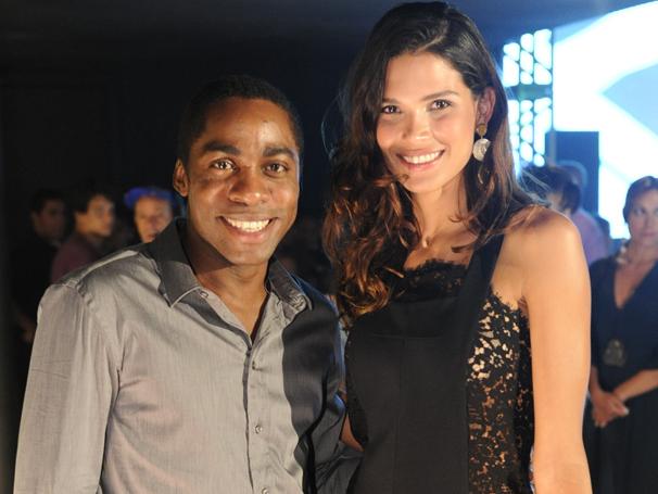 Raica Oliveira gravou cena ao lado de André (Lázaro Ramos)