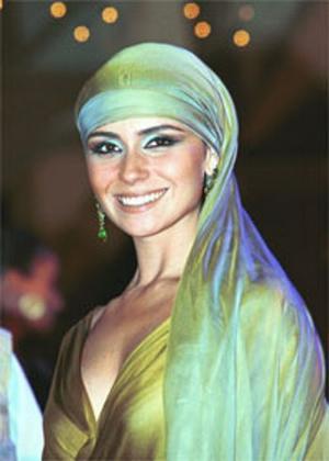 Jade teve figurino inspirado nas coleções de YSL que homenagearam o Marrocos.