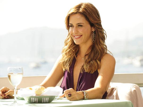 De novo visual, Guilhermina será Beatriz, a secretária de Salomão Hayalla (Daniel Filho), é uma mulher bonita, inteligente, charmosa e bem-humorada