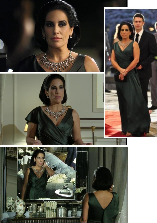 SIM, DONA NORMA: com o fabuloso colar Vera Nunes, Norma mostrou quem manda nessa novela