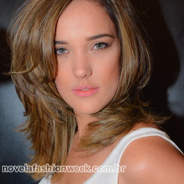 NFW - Adriana Birolli - loira Império