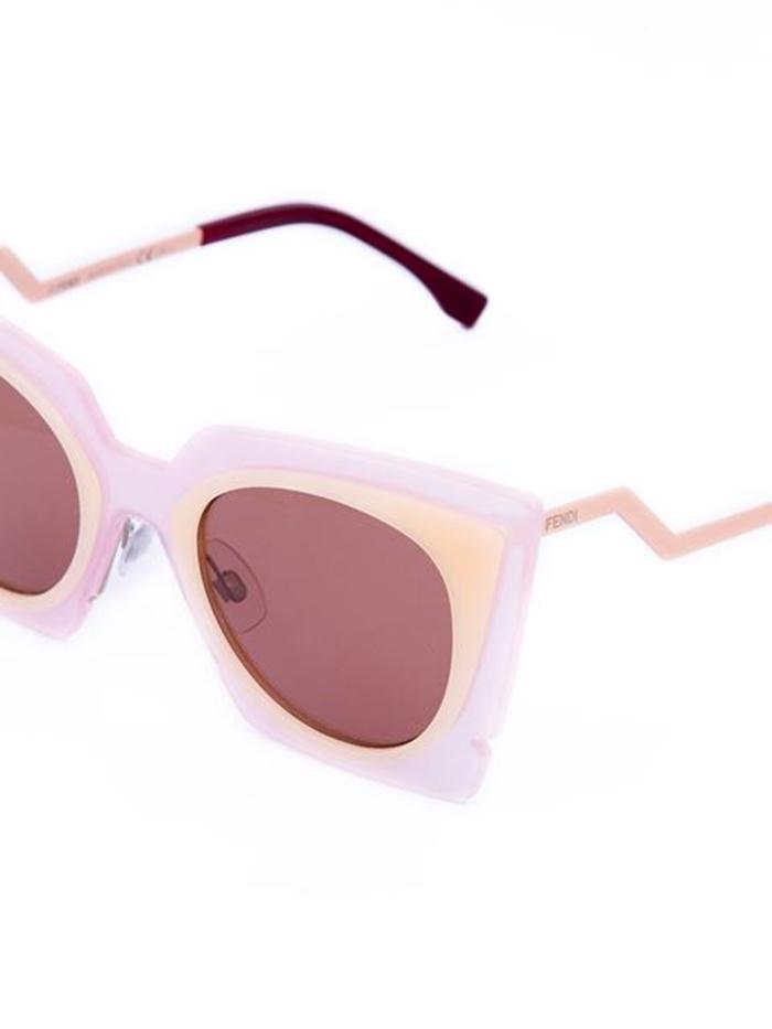 óculos da lu totalmente demais