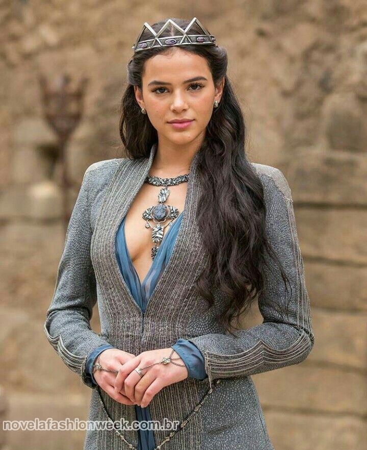 Bruna será Catarina, princesa de Artena
